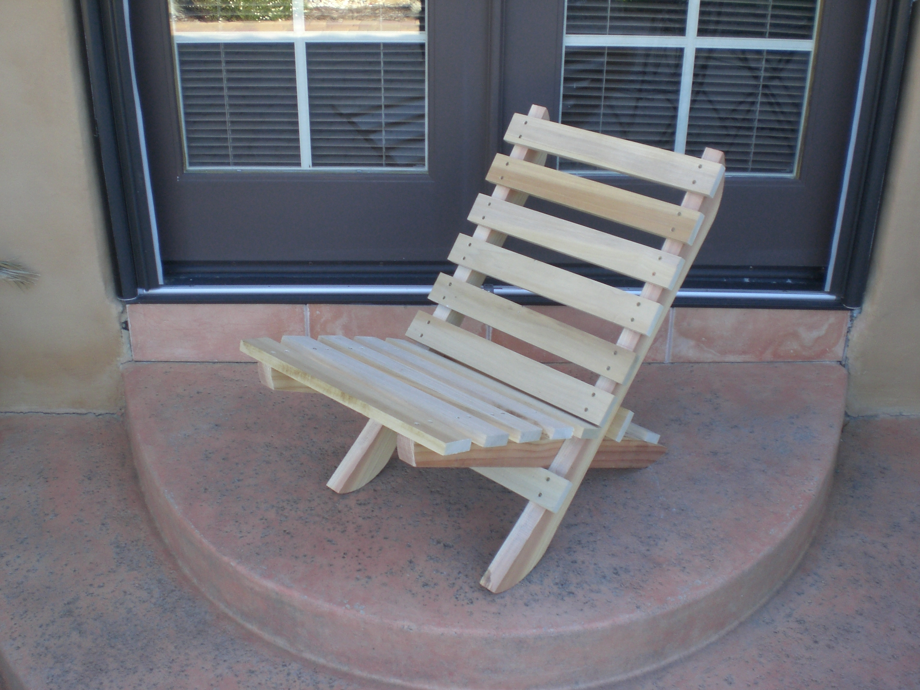 Outdoor Wood Chair Plans ~ Free plans for deck furniture